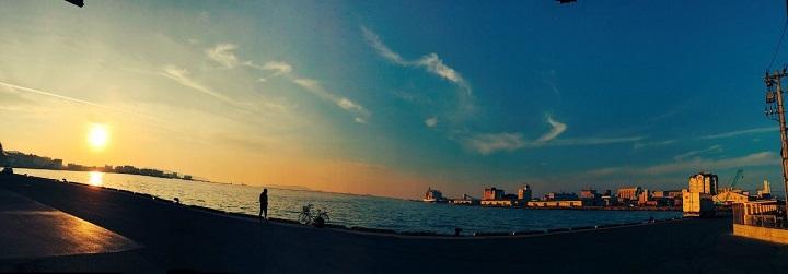 博多港の美しい夕焼け